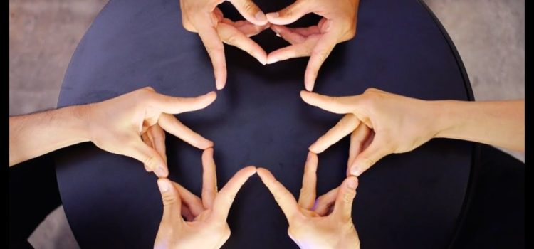 XTRAP Finger Kaleidoskop Choreographie zu Don't Let Me Down von The Chainsmokers
