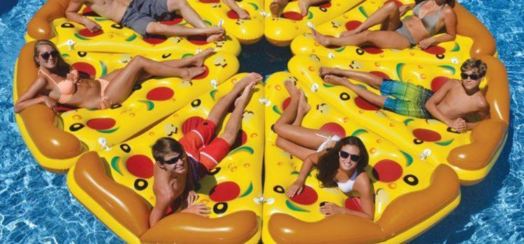 Pizza Luftmatratze für den Pool und Baggersee